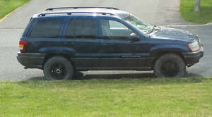 jeep grand cherokee laredo 2002