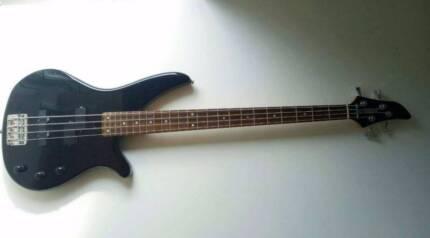 Yamaha RBX270 Bass Guitar + Softcase