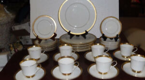 Complete 12piece Mikasa bone China place setting