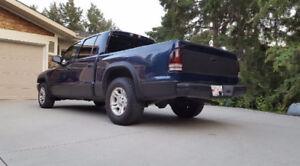 2004 Dodge Dakota Sport Quad Cab Pickup Truck