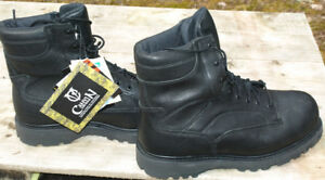Mens insulated work boots
