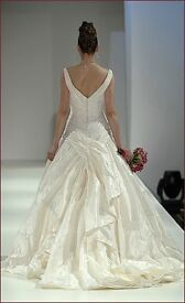 Stunning ivory Ian Stuart Premiere Dress - Size 10 - excellent condition - £2100 when new!