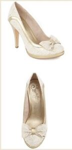 Stunning Seychelles Heels from Anthropologie - Size 9