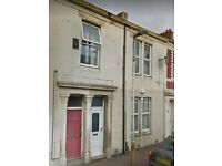 Fantastic 2 Bedroom Lower Flat situated in Brinkburn Avenue, Bensham, Gateshead
