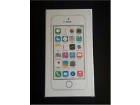iPhone 5s 16GB in Gold Brand New Boxed and Sealed