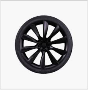 "Model X 22"" Tesla Turbine wheels w Pirelli high performance tire"