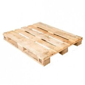 2 free wooden pallets 07970804470