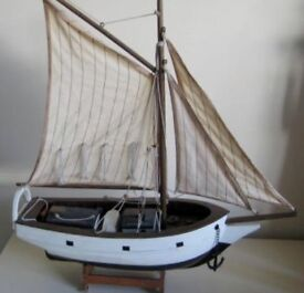Nice Vintage Model Of The Famous Spray Sailed By Joshua Slocum Around The World.