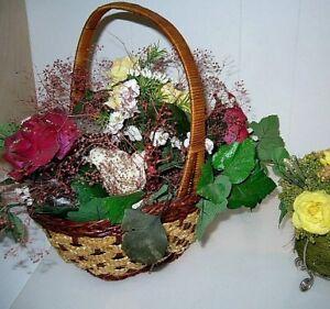 Bouquet fleurs artificielles: corbeille 15$/vase tulipes 16$