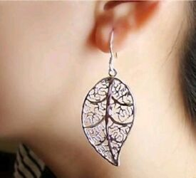 BRAND NEW 925 Solid Silver Earrings.