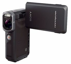Sony Handycam Waterproof to 33ft Exmor R 20.4 MegaPixels Opticla Steady Shot HDR-GW66