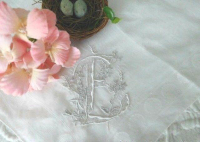 LAVISH MADEIRA Embroidered ANTIQUE MONOGRAM E BRIDAL HANKY * Vintage WEDDING