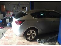 2012 vauxhall astra 1.6 petrol breaking for parts