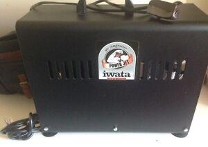 Compresseur Iwata Power Jet Air avec accessoires