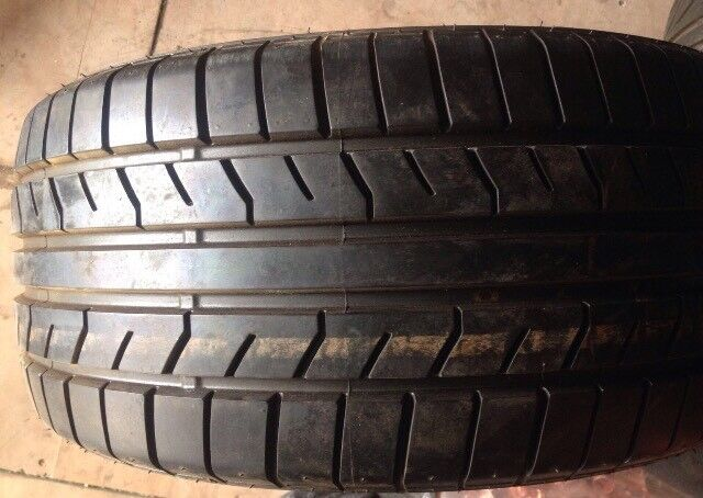 Set of tyres 245/45 r16