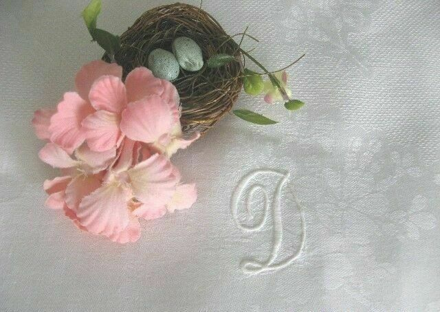 ROMANTIC Cottage Floral DAMASK Monogram D Antique EUROPEAN HUCK LINEN BATH TOWEL