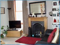Spacious 2 bedroom, 1st flr flat to rent in the centre of Aberdeen, traditional granite property
