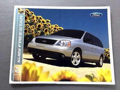 2017 Kia Sedona Van 28-page Original Car Sales Brochure Catalog