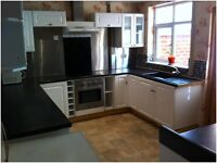 Fantastic 3 bedroom semi detached house with drive way. Chaddesden