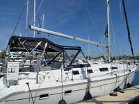 Hunter 41 feet - like new condition