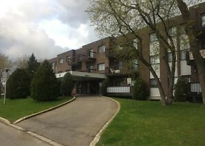 33 Rue Hasting Apt#107, D.D.O. (2 BEDROOM) WEST ISLAND!