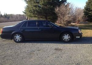 Great condition Cadillac deville 2001 w/v8