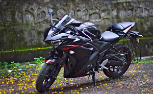 Buying Yamaha R3 Aftermarket parts (Fenders, Exausts, Levers)