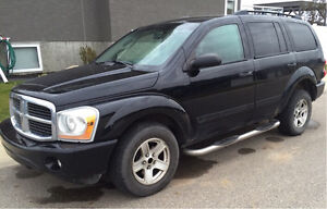 Dodge Durango SUV *7 seater and DVD players*