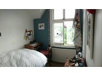Cosy room in beautiful maisonette Preston Park £305 per week
