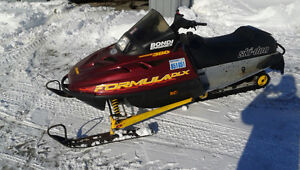 2 nice sleds for sale