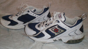 Size 8.5 Men's Spalding  shoes