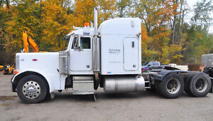 2001 Peterbilt 379 Cat 6NZ
