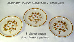 "3Vintage Mountain Wood Collections stoneware Japan""Dried flowers"