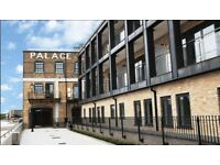 2 bedroom flat in Palace Wharf Apartments, Fulham, W69