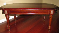 **BOMBAY CO. COFFEE/END TABLE CHERRY FINISH**