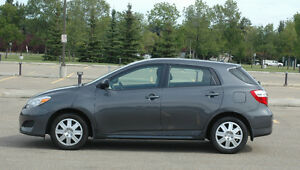 2014 Toyota Matrix - 11K (Low!), extra warranty, roadside