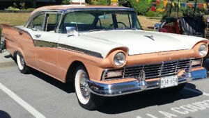Beautiful 1957 Ford Fairlane 500 Towne Sedan ($13500 USD)