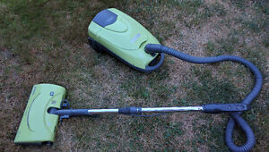 12-amp Kenmore Canister Vacuum Cleaner