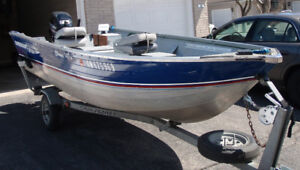 15' HARBERCRAFT fishing boat, with 30HP Mercury outboard motor
