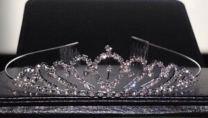 Brand new silver plated Australian crystal crown/tiara