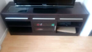 TV Stand needs a new home!