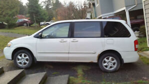 *reduced price* Minivan- Mazda MPV
