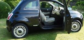 Black Fiat 500 Lounge - 1 Owner, 12 months MOT, Blue and Me, Panoramic Roof