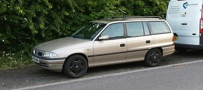 Vauxhall Astra Mk3 F GLS TDS Estate Breaking All Parts Available