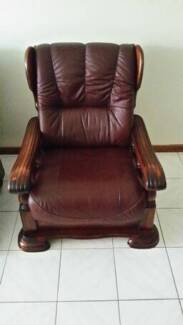 Genuine Leather lounge Wetherill Park Fairfield Area Preview