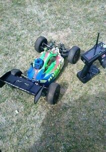 Trading Pro-Line Nitro RC buggy for PS4/Xbox