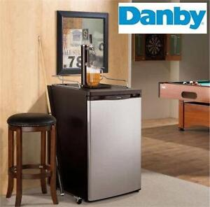 NEW DANBY 5.2 CU FT. KEG COOLER   BEER - ALCOHOL - PARTY - HOSTING - CHILL 'N TAP   85111471