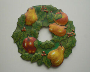 Vintage Christmas Tin Wreath Tree Ornament, Department 56 Kitchener / Waterloo Kitchener Area image 1