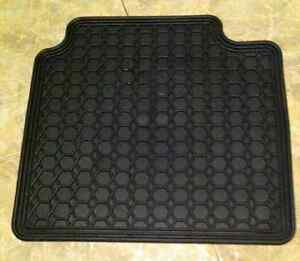 Toyota floor Pad New  West Island Greater Montréal image 6