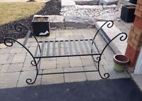 black hard metal bench